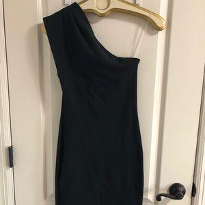 Black body con one shoulder dress